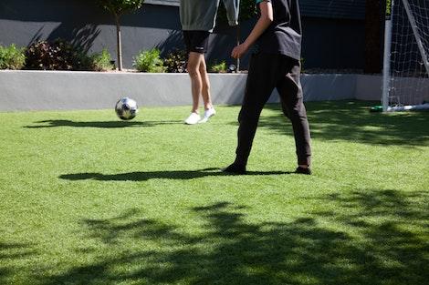 Jugar a Football en Césped Artificial